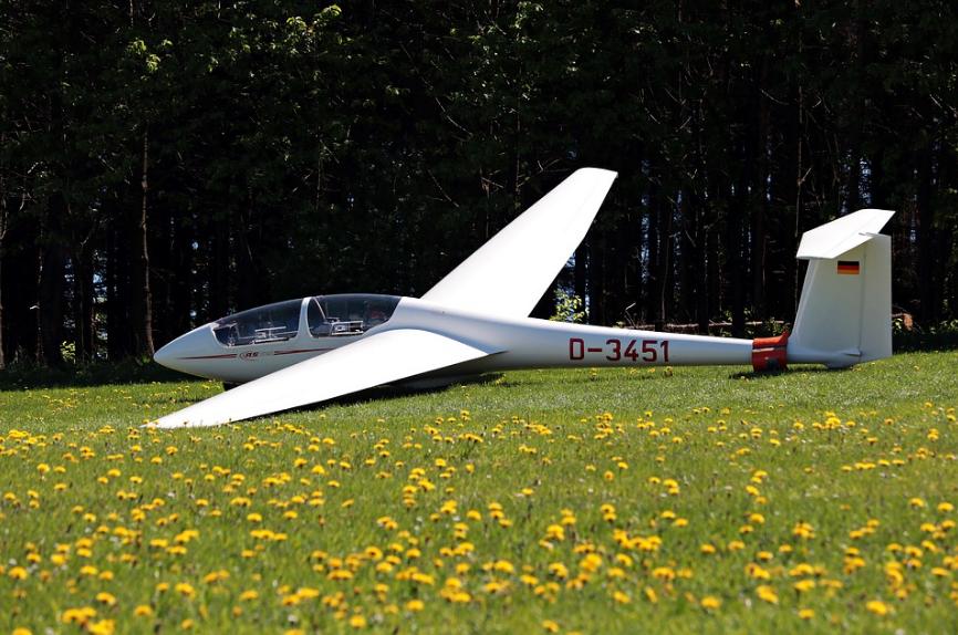 white glider plane