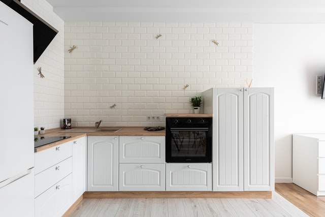 Contemporary kitchen with range cooker